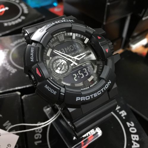 ЧАСОВНИК Casio - G-Shock GA-400-1BER